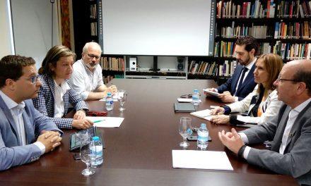 El Ayuntamiento de Andújar y el Colegio de Arquitectos abordan líneas de colaboración en materia de administración electrónica