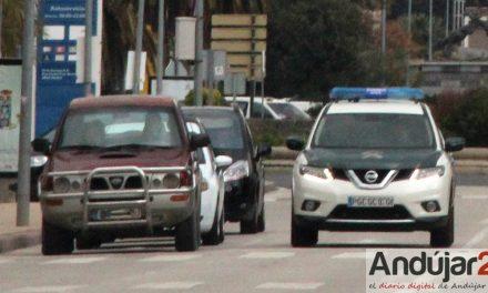 La Guardia Civil de Andújar detiene a dos personas e investiga a otras cuatro, como presuntas autoras de robo y hurto
