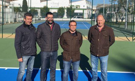 Andújar invierte 110.000 euros en las nuevas pistas de tenis del Polideportivo Municipal