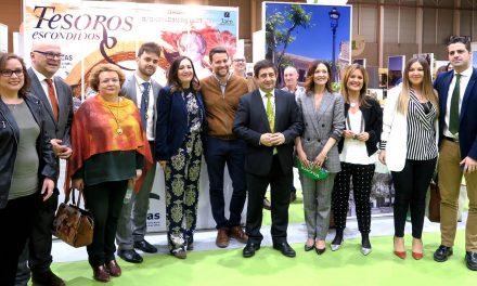 """La VI Feria de los Pueblos abre hasta el domingo sus puertas para poner en valor """"nuestra identidad como provincia"""""""