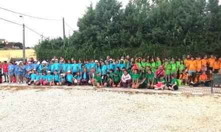 Unos 300 escolares participan en una marcha por el Cinturón Verde de Andújar