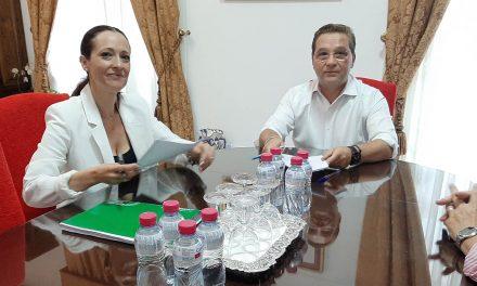 Huertas expone a Maribel Lozano las demandas de Andújar a la Junta de Andalucía