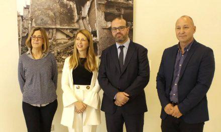 La Casa de la Cultura de Andújar acoge la exposición 'Small adjustments/Pequeños ajustes' de la UJA