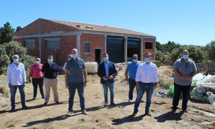 Las obras para abastecer de agua al poblado de la Virgen de la Cabeza continúan a buen ritmo y concluirán durante el verano