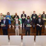 VÍDEO | Las Banderas de Andalucía reconocen el talento, la solidaridad y el empuje que atesora Jaén